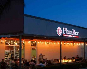 10-PizzaRev-Pasadena